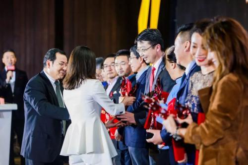 2018年凤凰网十大公益人物刘正琛:为了更公平、更美好的中国而行动